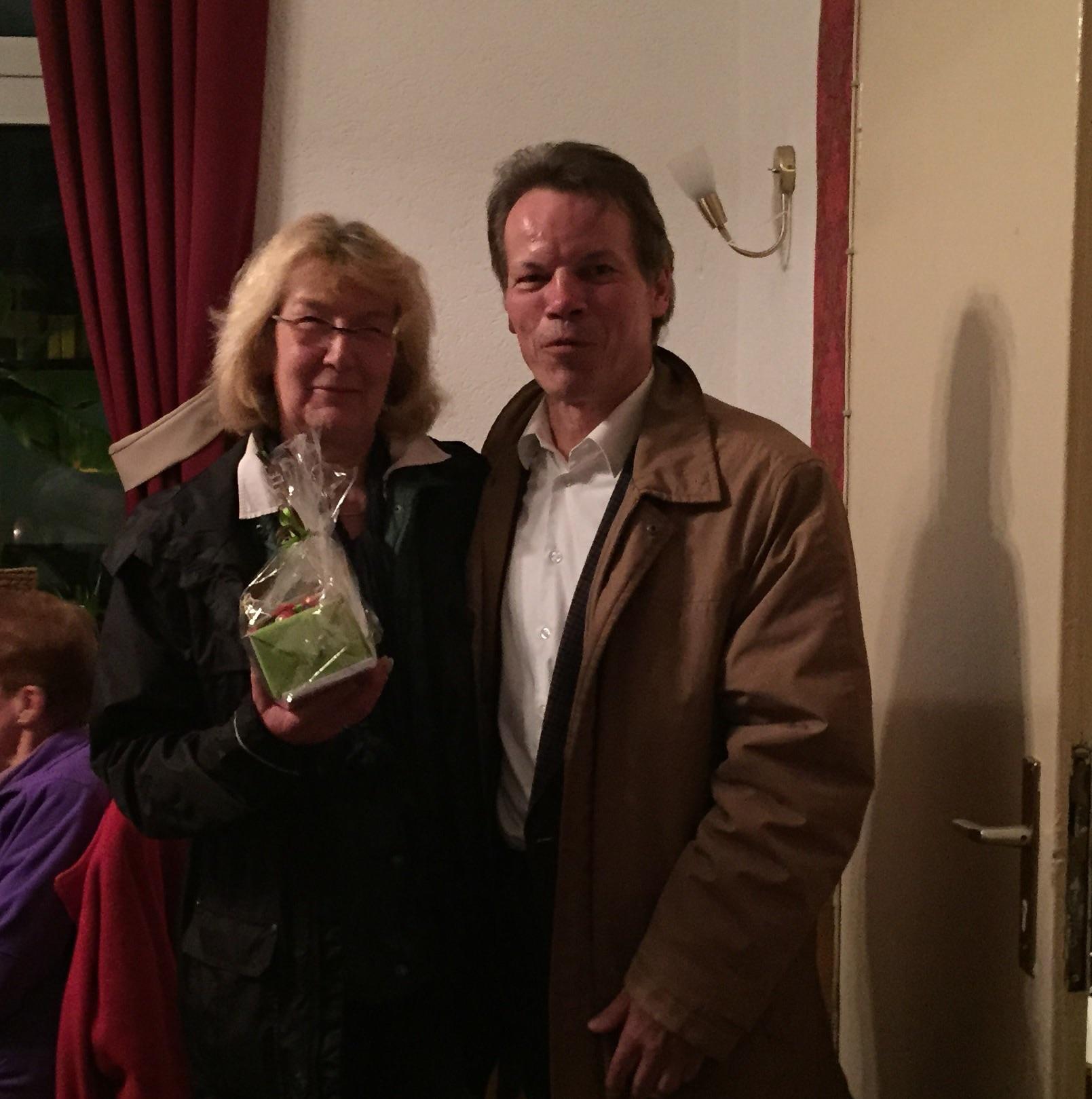 Annemie Schmidt ist seit 50 Jahren Mitglied bei DEK.