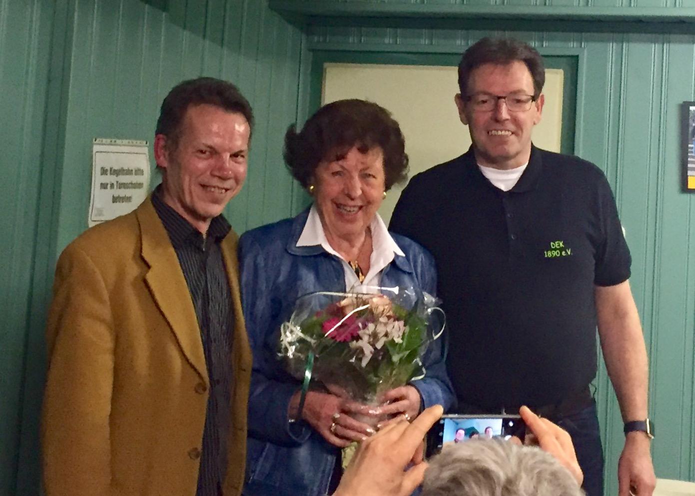 Marianne Kneer ist seit 50 Jahren Mitglied bei DEK.